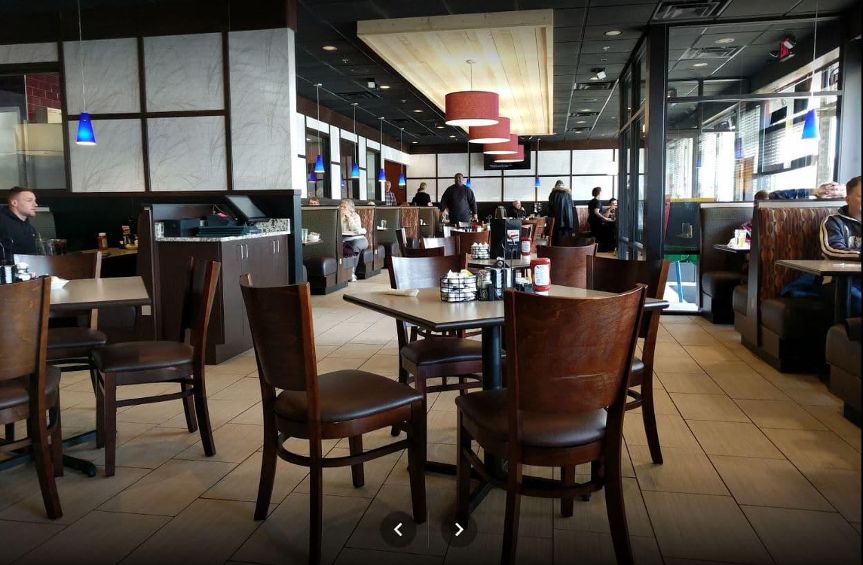 Red Olive Restaurant Ferndale Dining Room