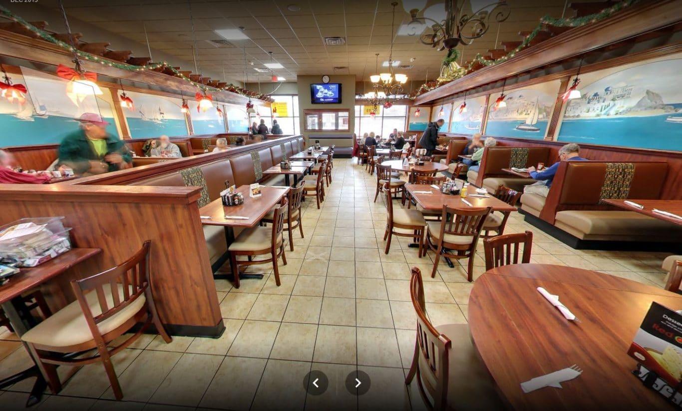 Mediterranean American Cuisine St Clair Shores Red Olive Restaurant Dining Room 2